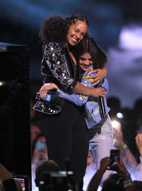 Selena Gomez hosts WE Day in ugly-cool jeans