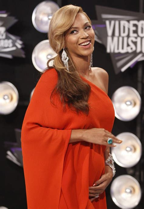 Beyonce's Pregnancy: Before and After Pregnancy Photos