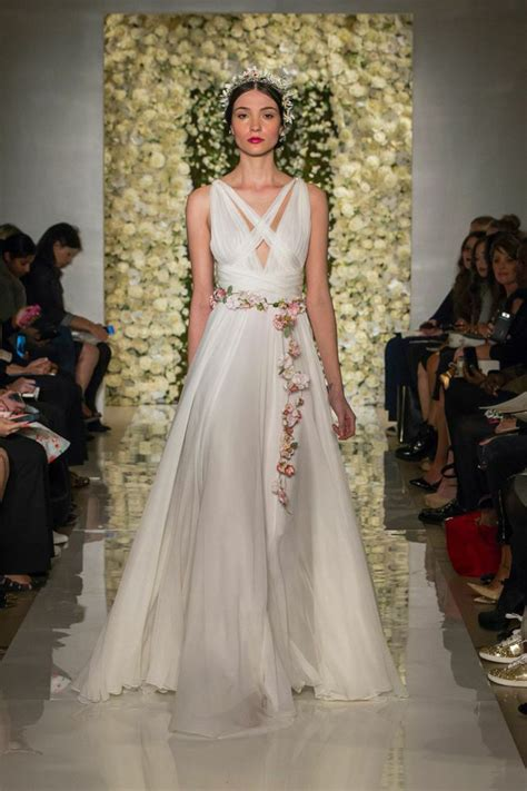 Reem Acra Spring 2015: Couture and Cut-Outs   California