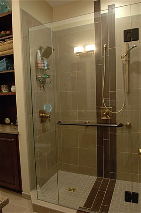 1980s Contemporary Bathroom Remodel With Unique Inset Tile
